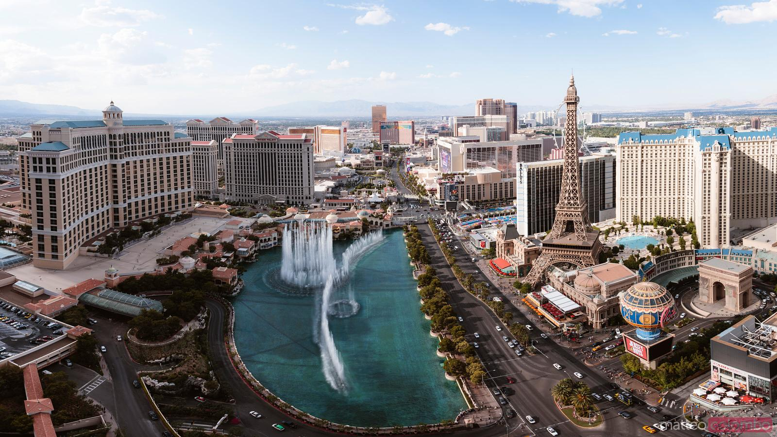 Elevated view of Bellagio fountain, Las Vegas, USA