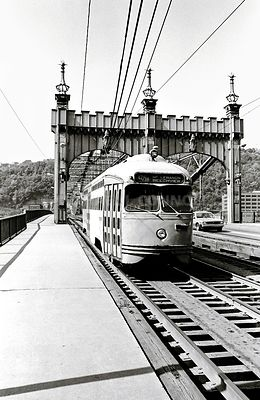 Street Car on Smithfield Street Bridge