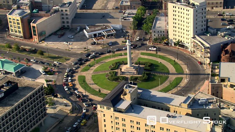 High orbit of Lee Circle in New Orleans