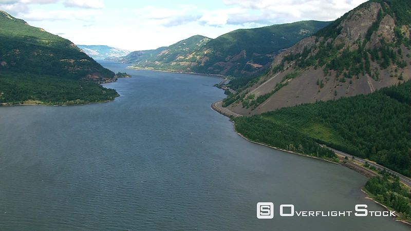 Fast flight through Columbia River Gorge in Oregon