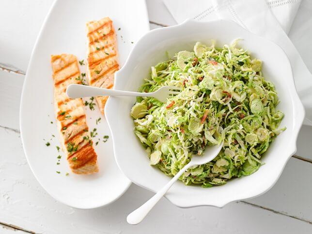 Salade De Choux De Bruxelles Vinaigrette Chaude A La Creme Et Au