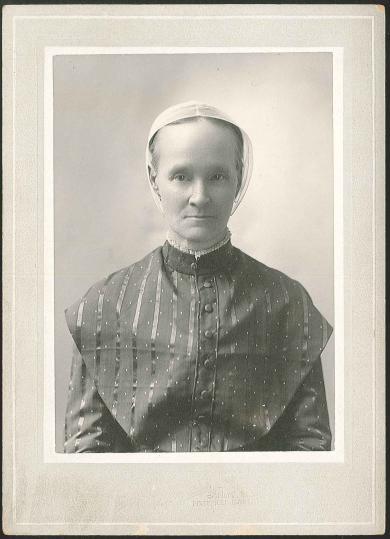 Neale, Sarah (Sadie) (1849-1948)