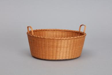 1950.356.1 - Basket - Quatrefoil base basket attributed to Sister Cornelia French, Church Family, Mount Lebanon, NY