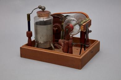 1953.6365.1-.11 - Generator, Electrostatic - Electrostatic machine made in 1810 by Brother Thomas Corbett of Canterbury, NH