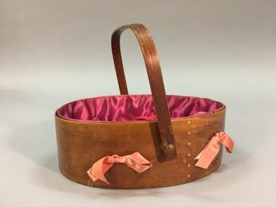 Gumwood sewing carrier attributed to Barlow/Perkins, Second Family, Mount Lebanon, NY