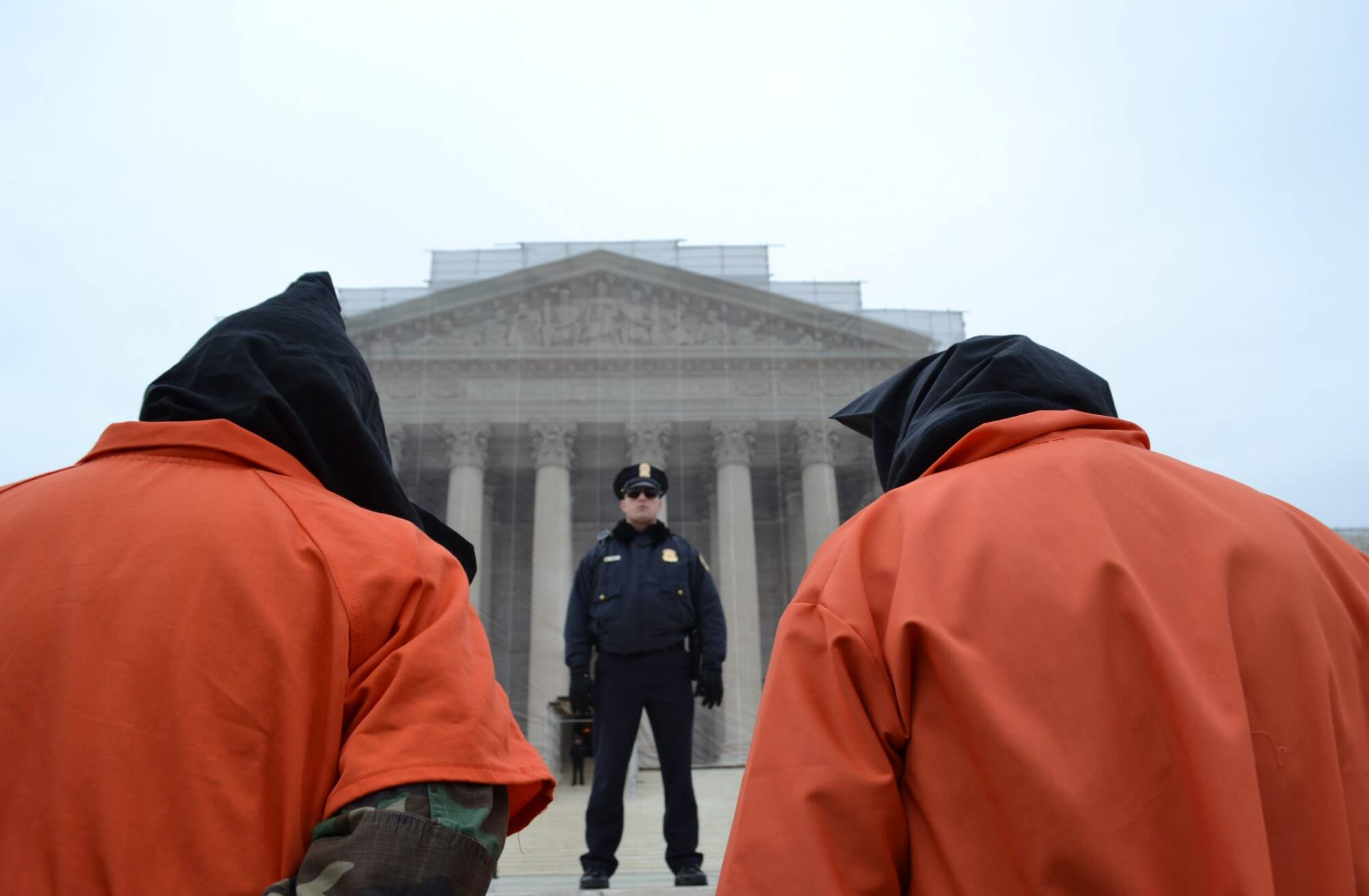 Gitmo protesters march on White House, urge action on closing prison