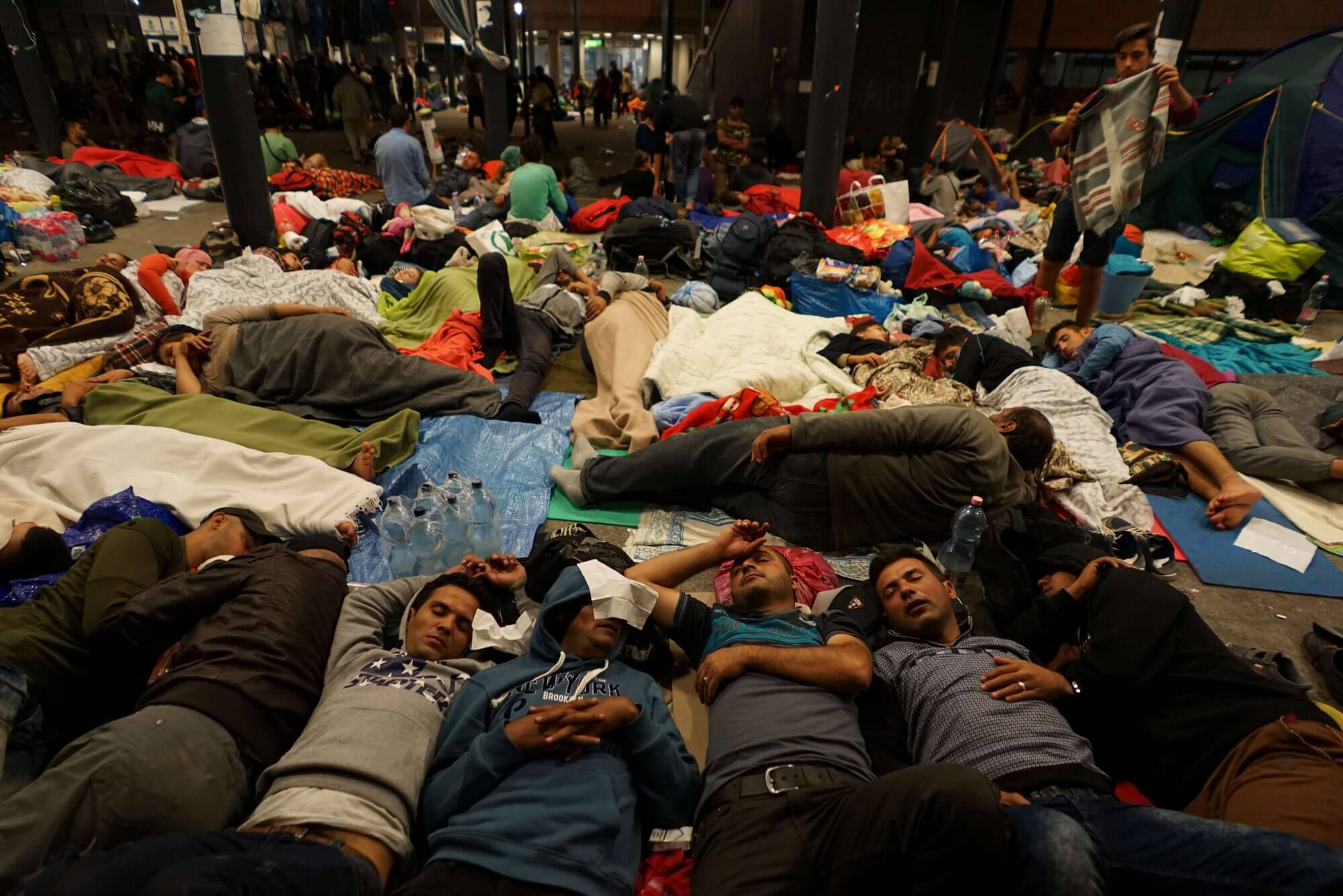 U.S. response criticized as Syrian refugees threaten to destabilize Middle East