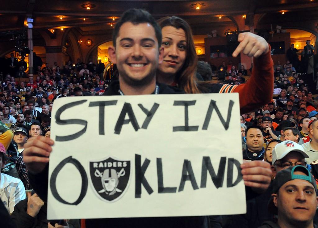 Oakland fans