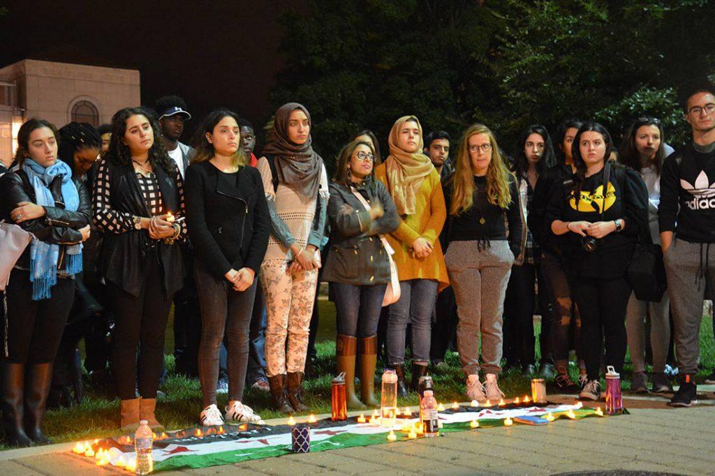 Students at Syria vigil