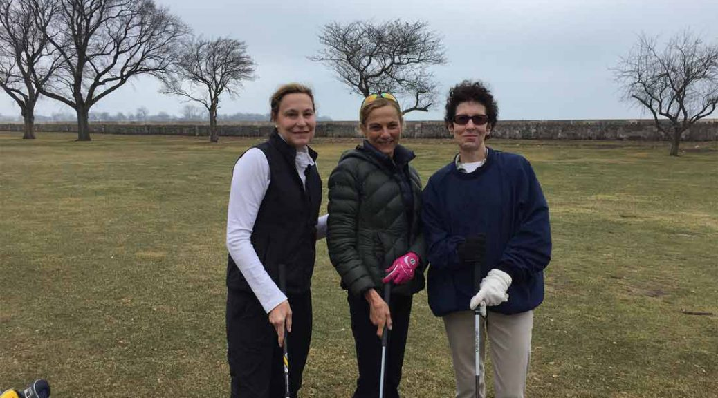 From left: Trish Organ, Leslie Rachlin and Nancy Liljedahl get ready to tee off