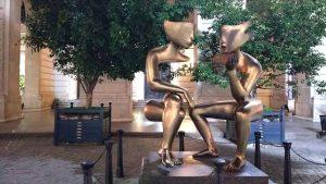 La Conversación statue in Plaza de San Francisco, Old Havana