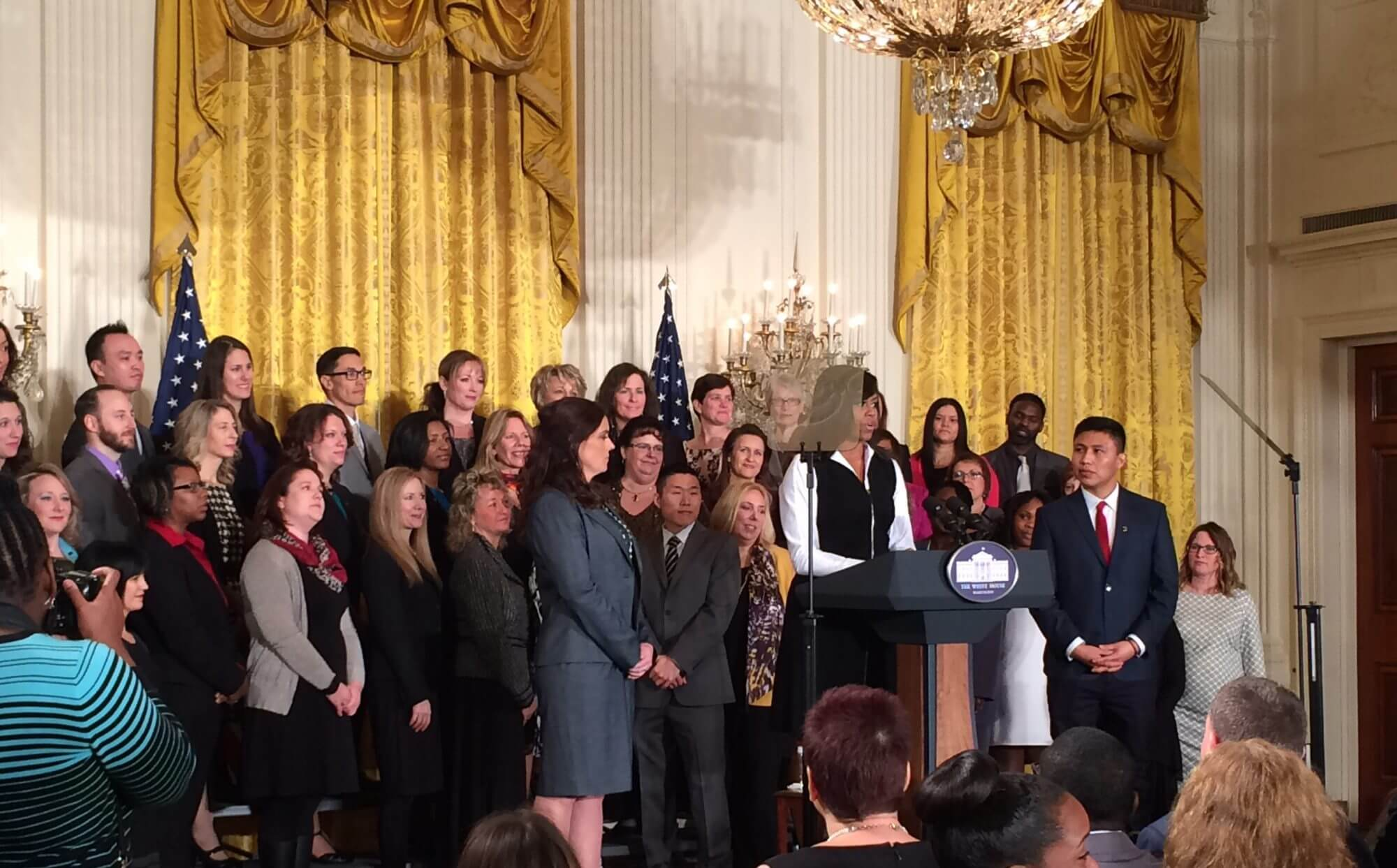 First lady presents counselor of the year award to Arizona counselor