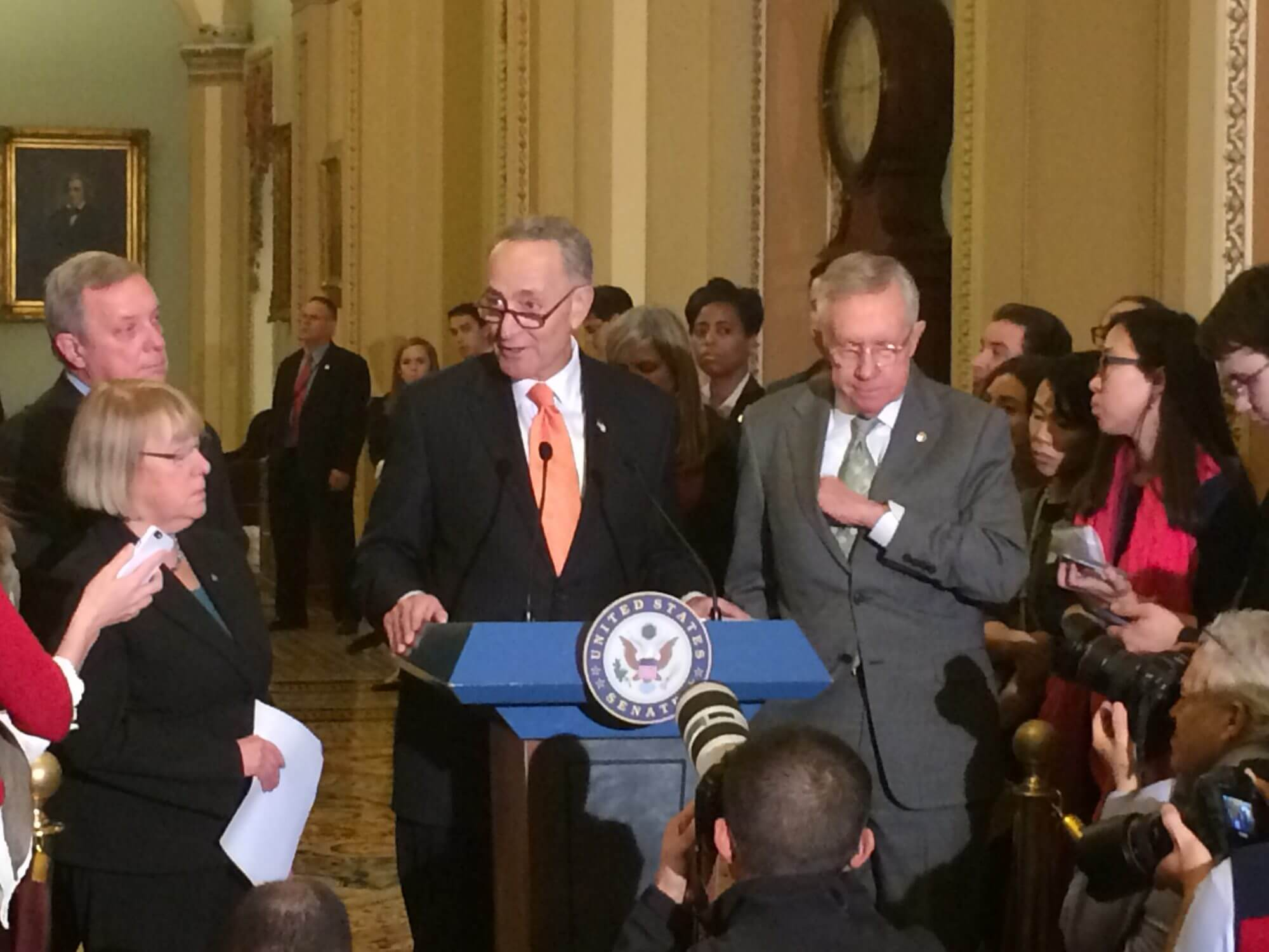 Senate votes to significantly expand checks on Syrian refugees entering the U.S.