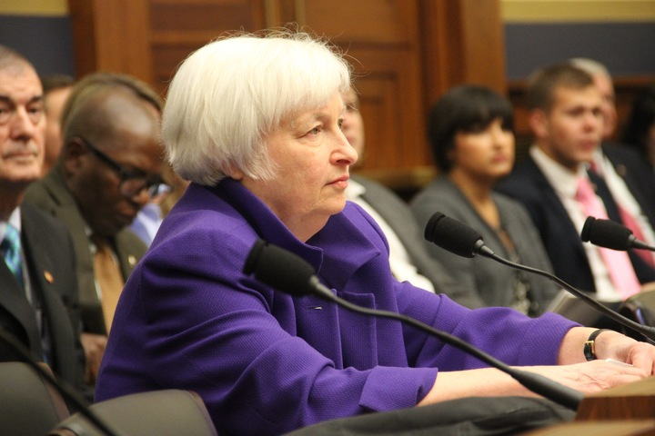 Yellen denies partisanship, responds to calls for tougher banking regulations