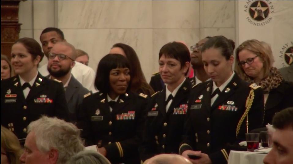 Veterans' Group Honors Women