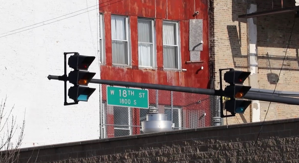 The corner of 18th Street in Chicago's Pilsen neighborhood, on the Lower West Side. (Diamond/MEDILL)
