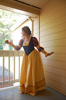 Image #1r7evk63 of Snow White