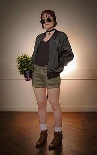 Image #1rvyp2z3 of Mathilda Lando