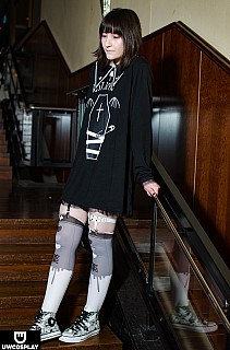 Image #16vxyrx3 of Black-and-white coord