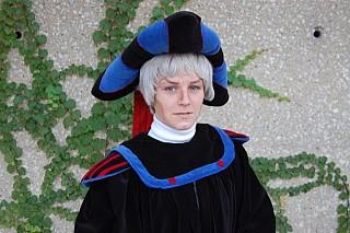 Image #4e27j5m4 of Judge Claude Frollo