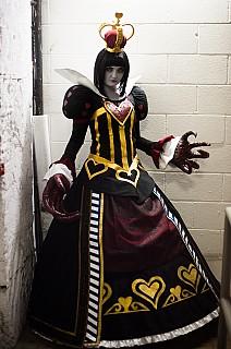 Image #4vn55r21 of Red Queen / Queen of Hearts