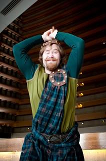Image #199o5ze1 of King Fergus