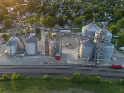 Valley Grain is located in Kingston, Ohio