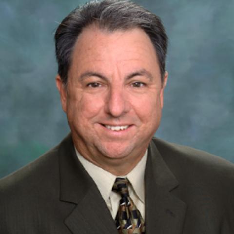 Robert G Cosentino