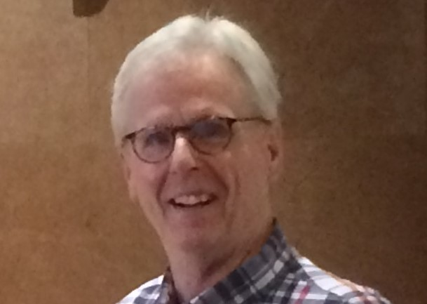 Richard W Howe