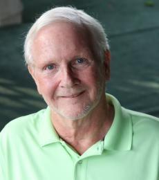 Daniel E Healy