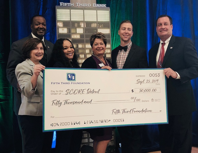 Fifth Third Foundation Awards Grant to SCORE of Southeast Michigan