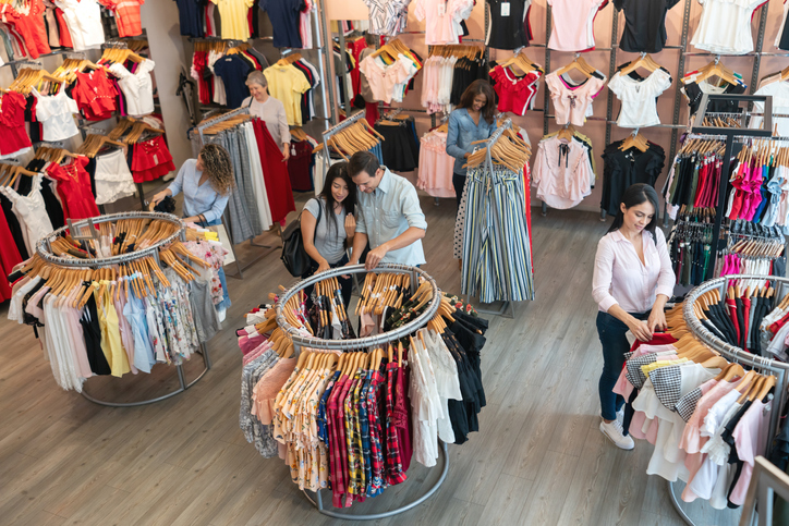 Visual Merchandising And Design Tips For Your Retail Store Score