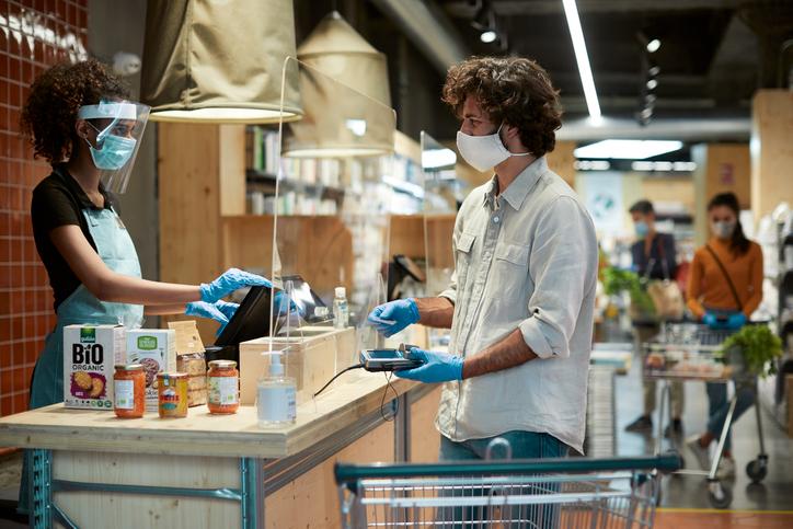customer-checking-out-covid-protocols