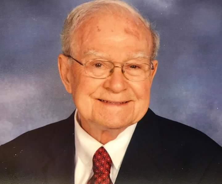 Robert  J Baecke