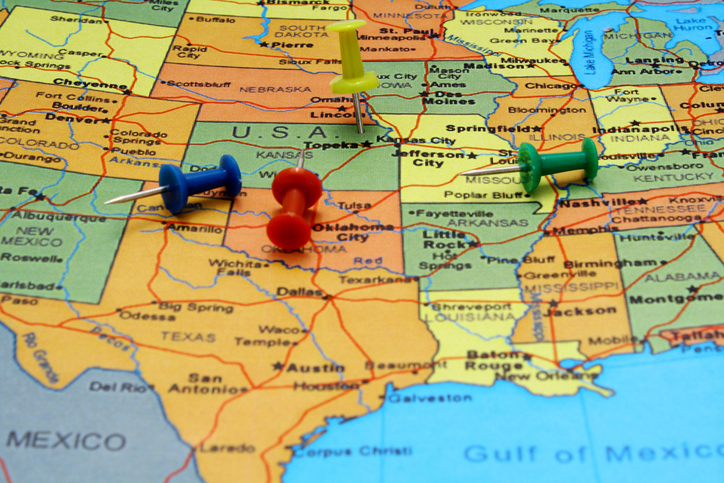 pushpins on a USA map