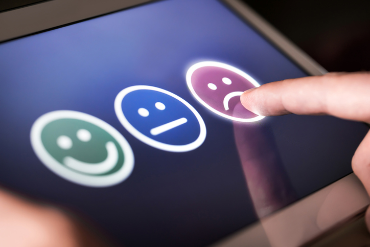 How to Handle Angry Customers: Turning Detractors into Promoters
