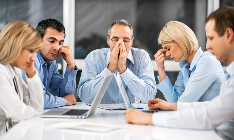 7 Management Mistakes That Hurt Productivity and How to Avoid Them