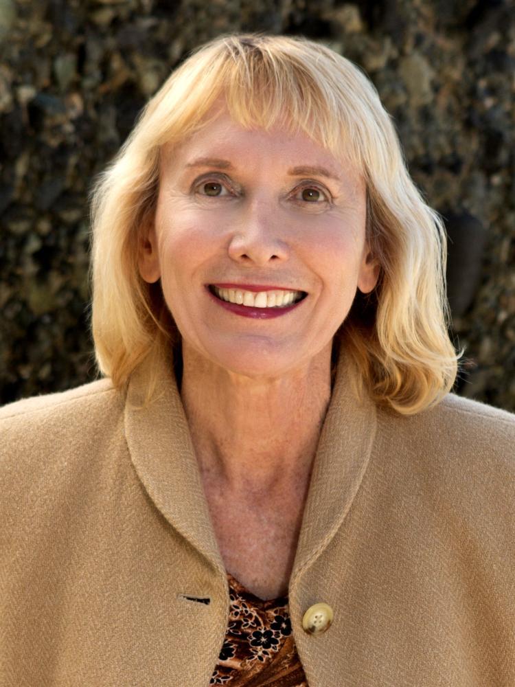 Esther Delurgio