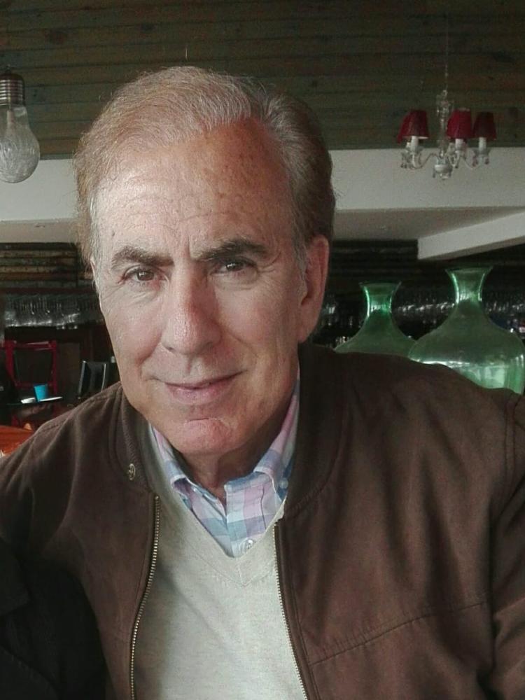 Miguel L Navarrete