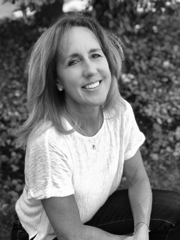 Maureen L Martin