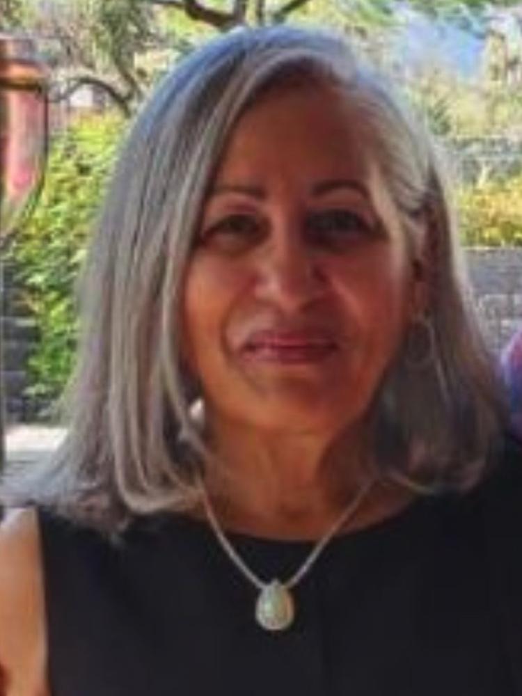 Ann D Baxter