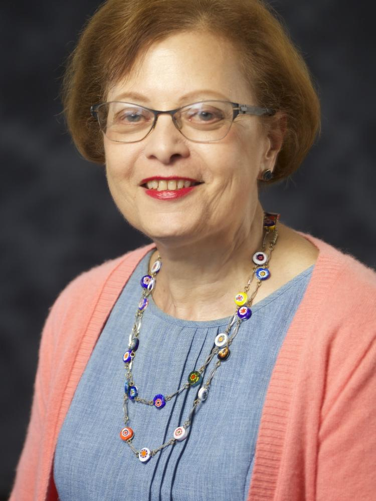 Lyn S Hill