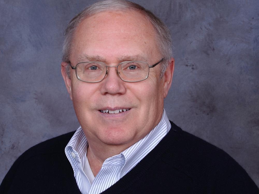 Stephen W Veazey