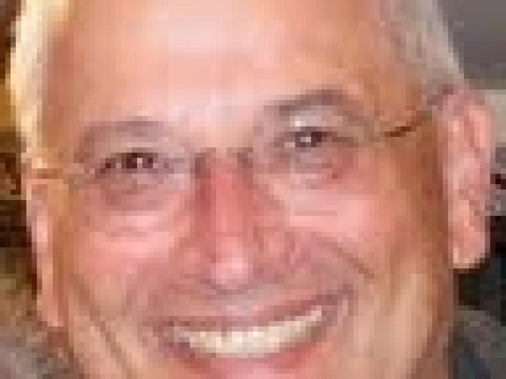 Robert F Schwartz