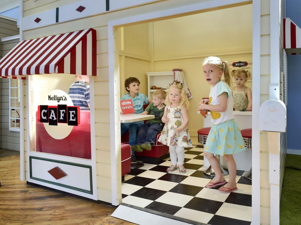 SCORE Client Tiny Town Celebrates Grand Opening
