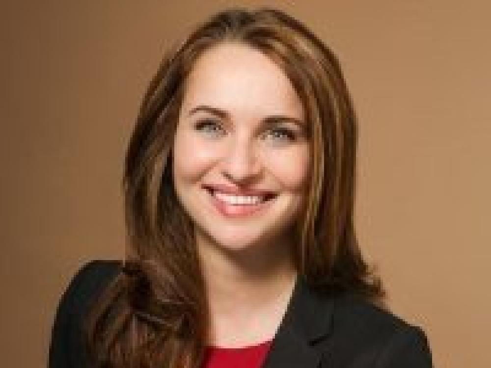 Beth  Veloz