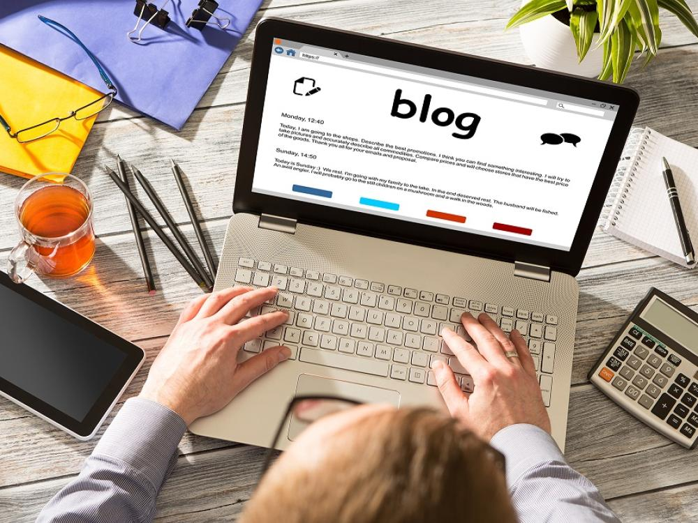 Dear service/product pros: Get your blog up and running!