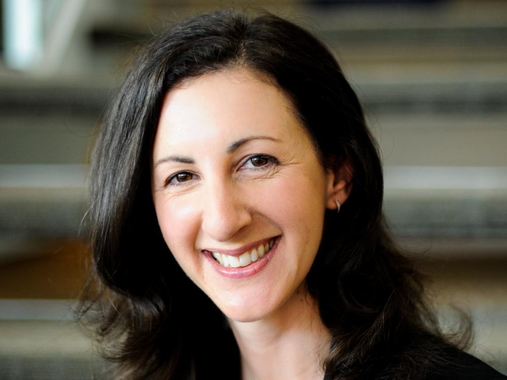 Sarah Nunes - Vistaprint