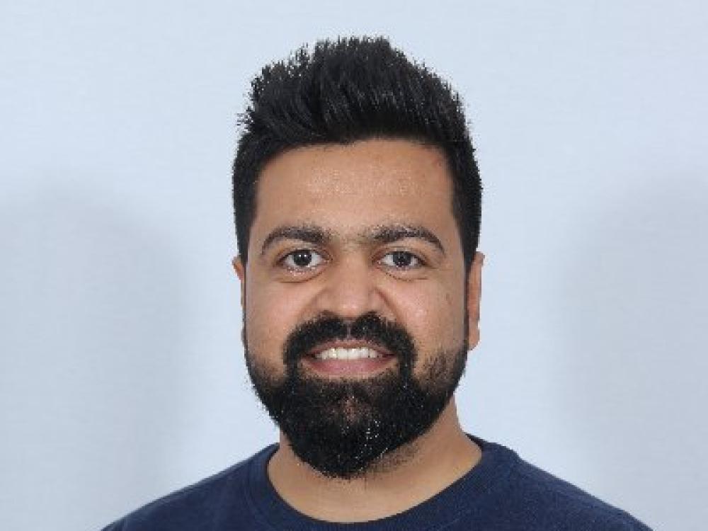 pratik-dholakiya