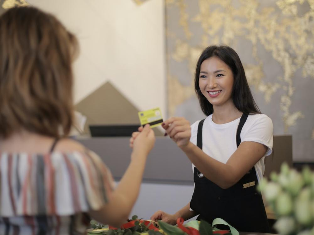 Torn Between a Business Credit Card or Loan? Consider These Financing Tips First